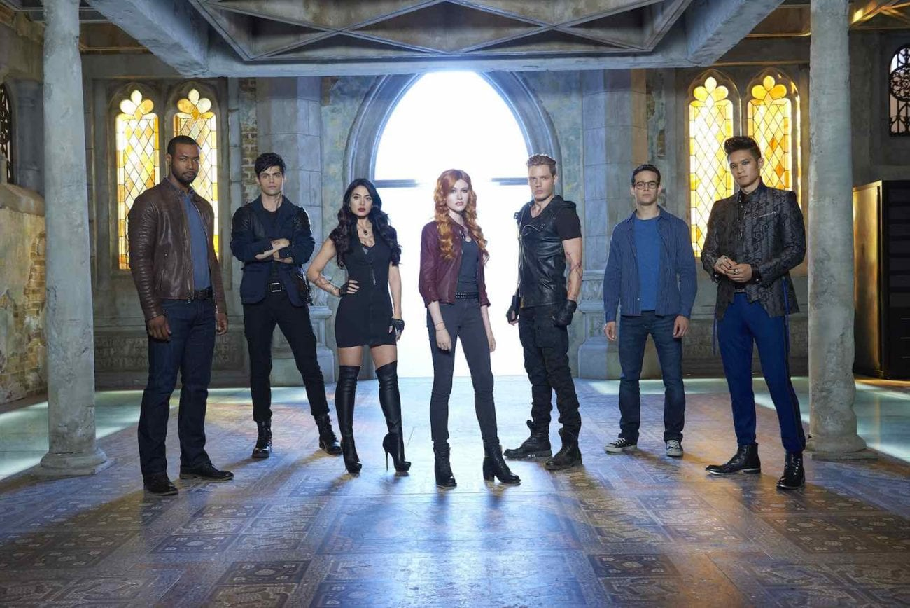 A Teen Choice Awards win can help us #SaveShadowhunters. Now as part of our 'Shadowhunters' mission, we help y'all get organized about how and when to vote.