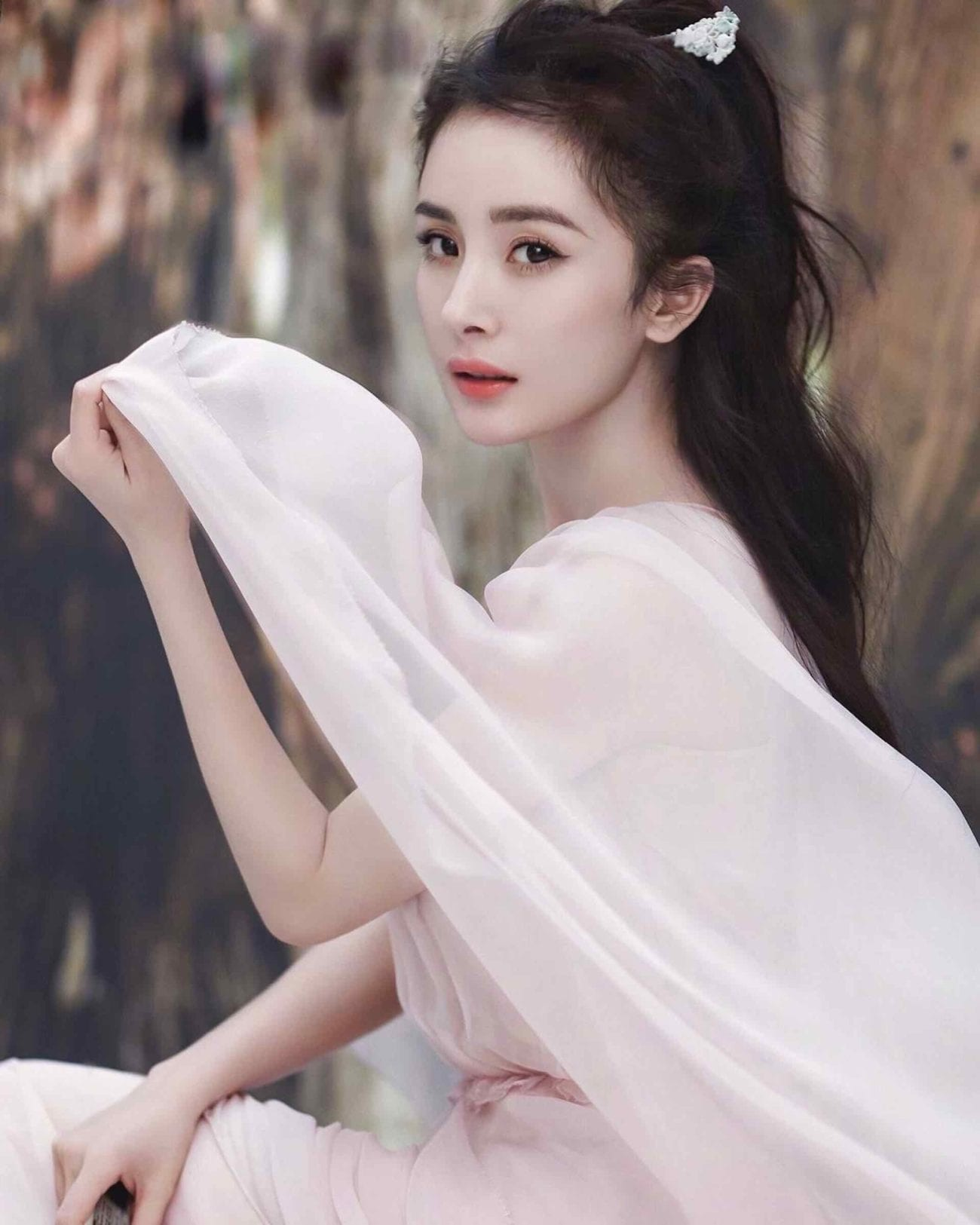 Yang Mi has been making waves in a variety of projects, but specifically in C-dramas. Here's why you need to fall in love with Yang Mi.
