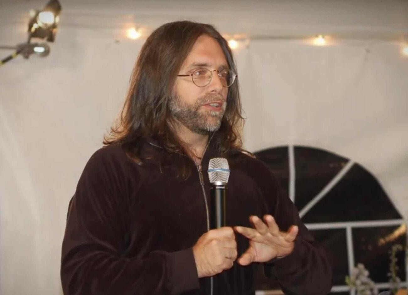 How the hell did Keith Raniere end up with charges of sex trafficking, conspiracy, and basically live his life as a cult leader? Here's what we know.