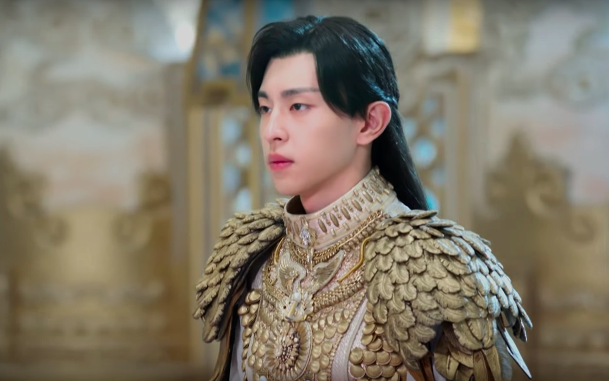 It's no surprise that Deng Lun became a household name after his role in 'Ashes of Love'. Check out Deng Lun's most recent roles.