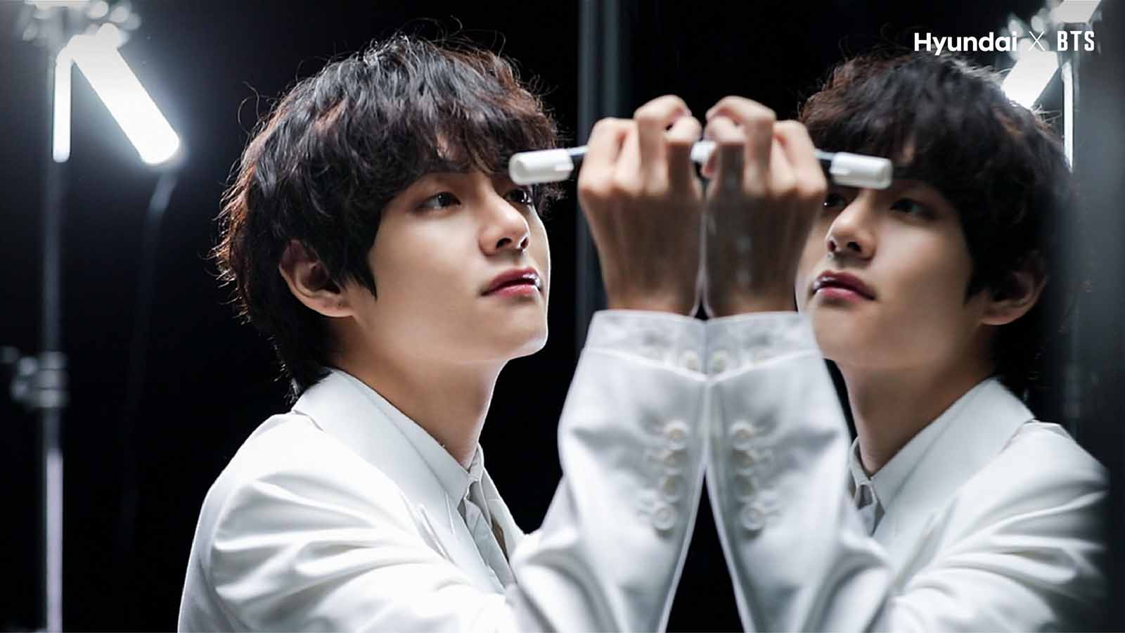 BTS's V is fairly quiet about his personal life, but many think they know exactly who BTS' visual leader thinks about to make him smile.