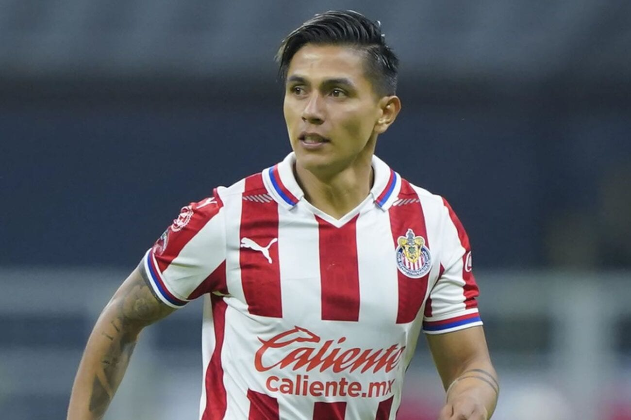 Chivas FC has decided to part with Dieter Villalpando. Find out why the soccer club booted Villalpando and three others.