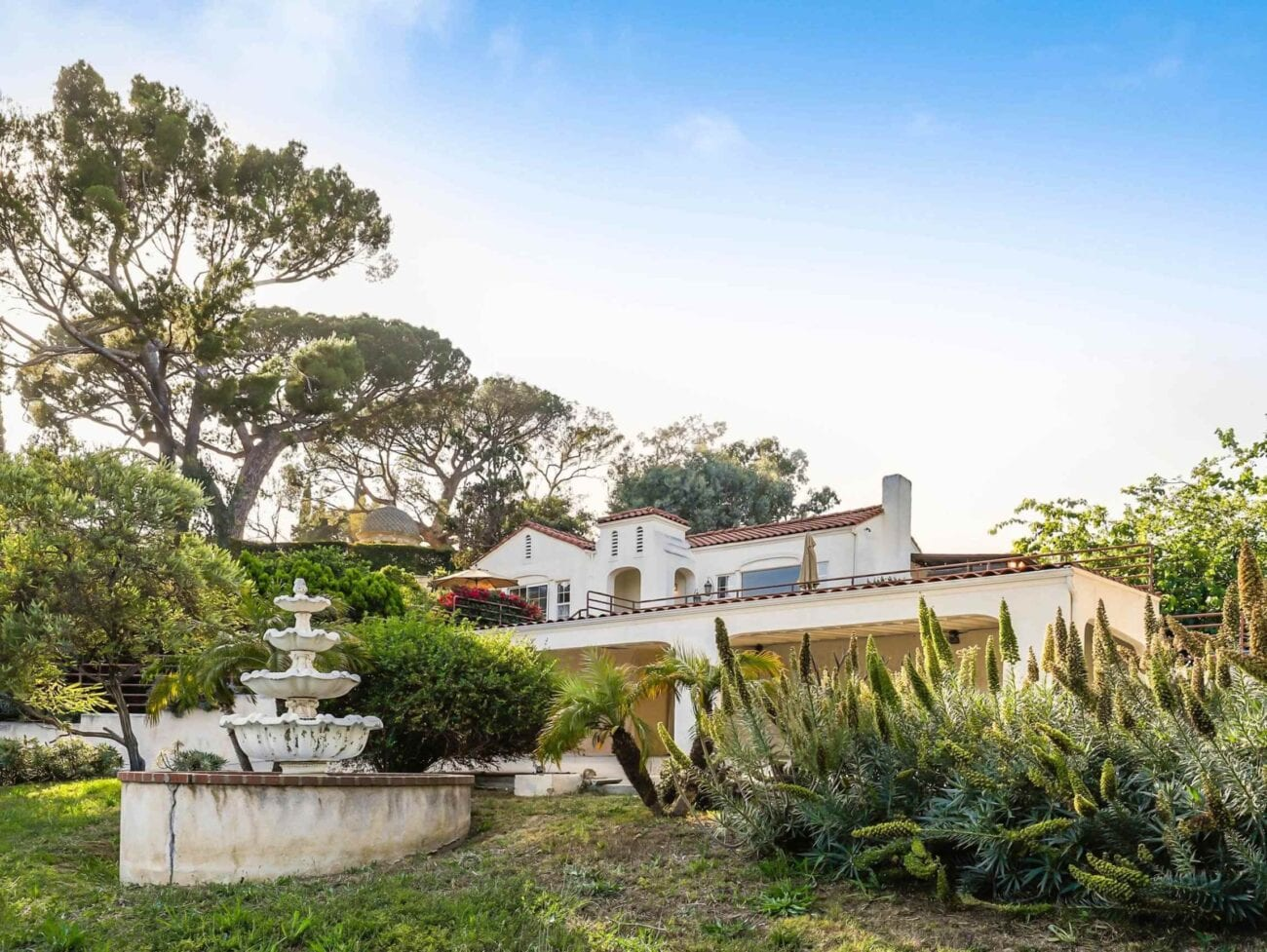 The house where Charles Manson murdered Sharon Tate is on the market. Learn about the Charles manson murders that cursed the LA home.