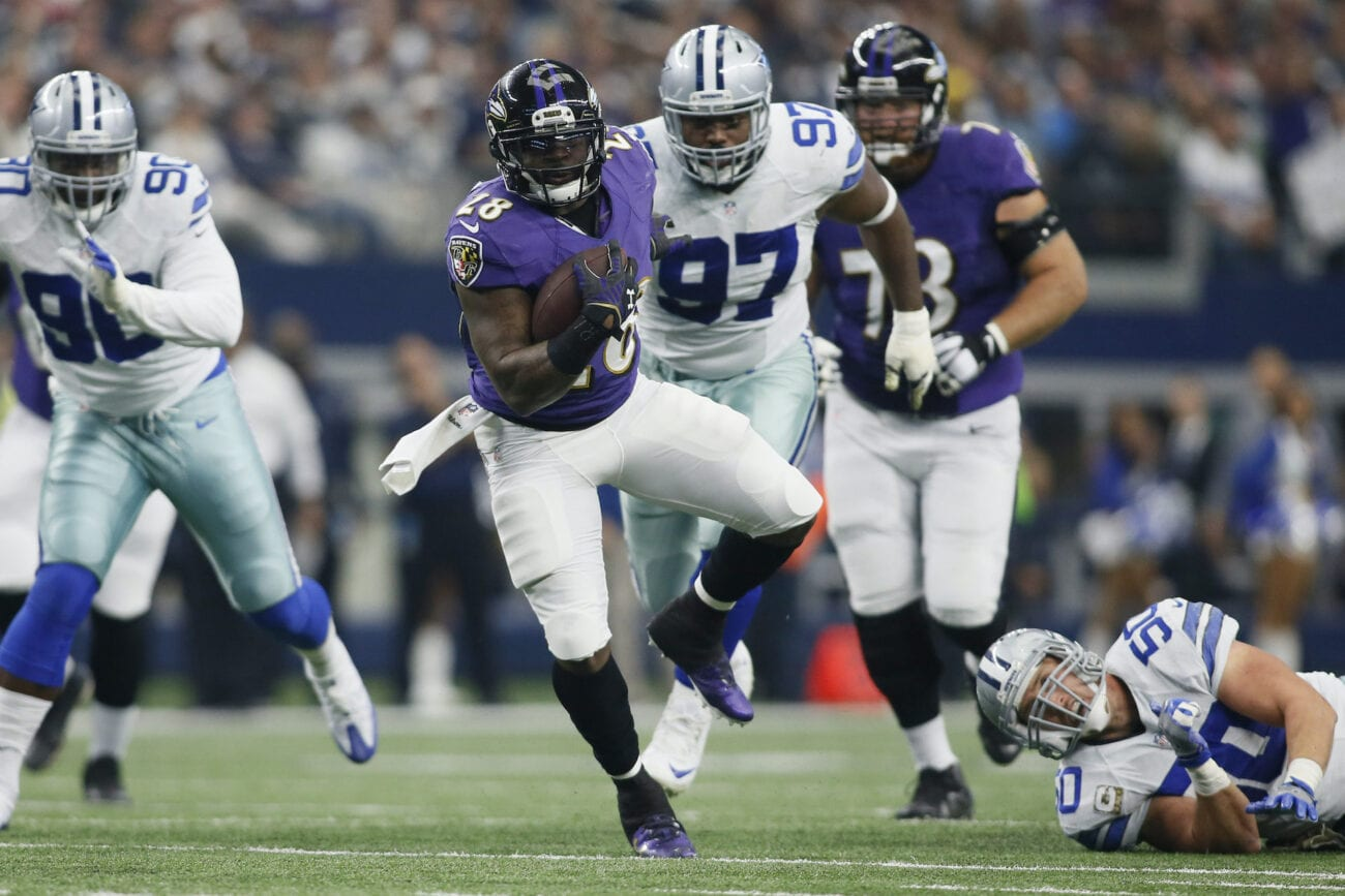 Trying to watch the NFL game featuring the Dallas Cowboys and Baltimore Ravens? Check out these free live stream sites.