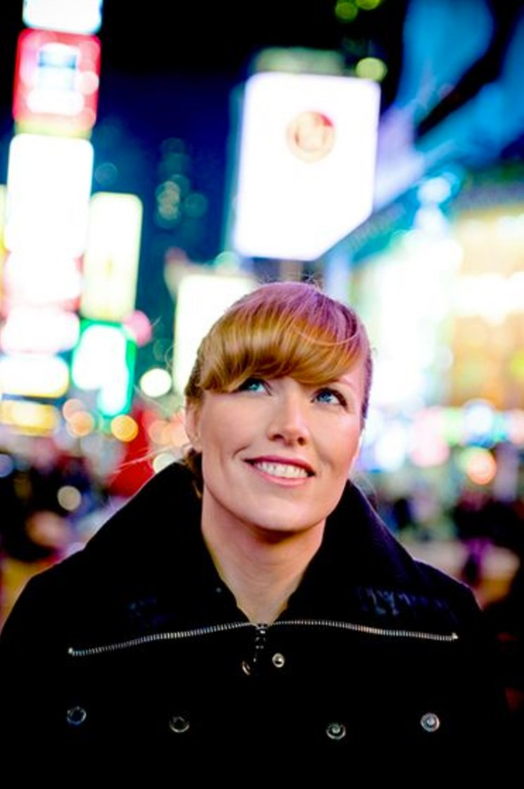 Jen Emma Hertel is a multifaceted talent. We talked to the filmmaker about her producer duties and her new stage play.