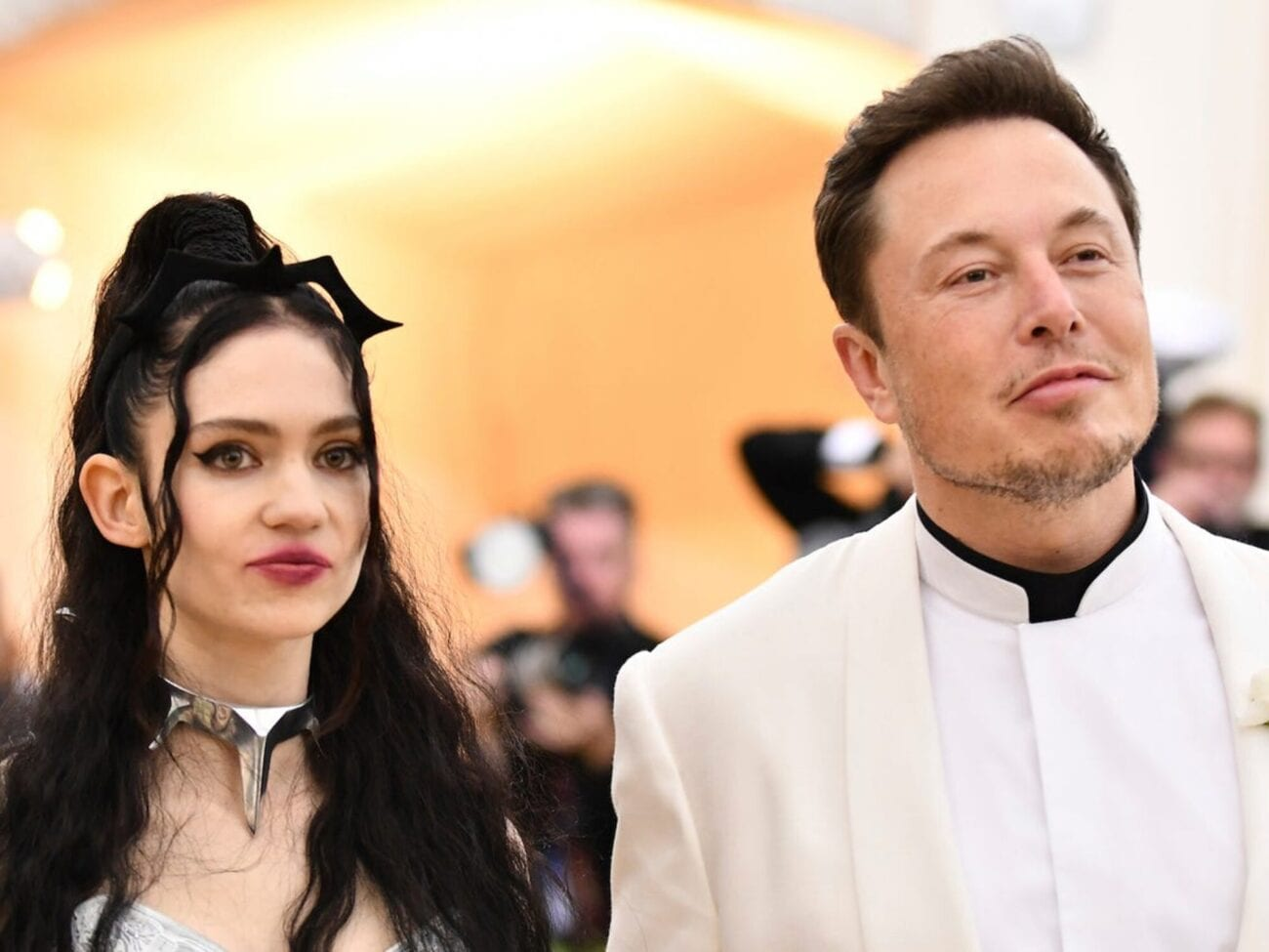 Elon Musk is now the richest person in the world. While unmarried, he's dating the musician Grimes. Get to know his famous girlfriend.