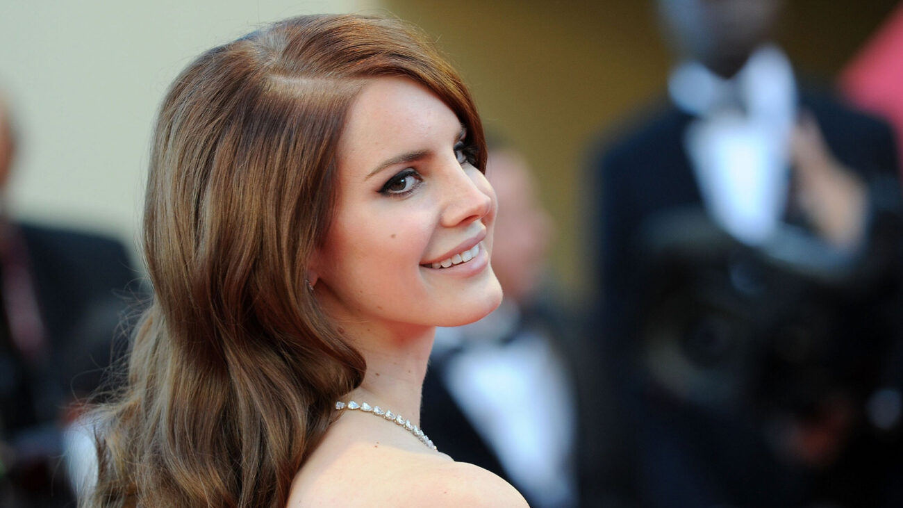 """Lana may have talent, but this """"Young and Beautiful"""" star just can't seem to find her way out of trouble. Find out the net worth of Lana Del Rey here."""