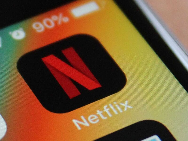 Did you become an TV bingerwatcher this year? Welcome to the club! Let's take a look at the top ten most watched shows on Netflix in 2020.