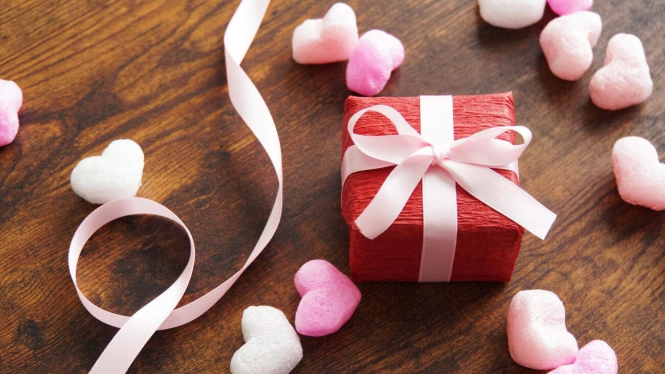 Don't have a boo to spend this upcoming February 14th with? Celebrate with us instead and laugh along at these Valentine's Day jokes here.